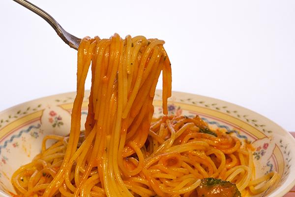 スパゲッティ海老のクリーミートマト完熟トマトのクリーミー仕立て2