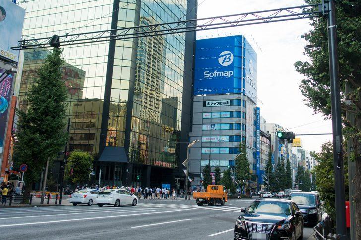 ソフマップAKIBA①号店 サブカル・モバイル館の広告塔